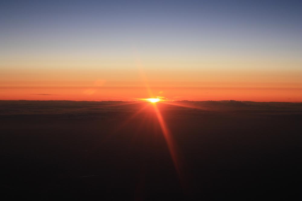 lever-de-soleil-pris-dun-avion-e95a29e1-1d0a-4620-b6c7-988471783011